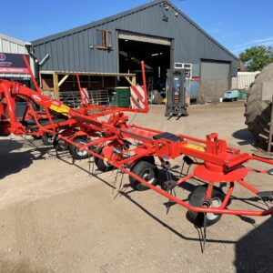 2015 Kuhn GF 8702 Mounted 8 Rotor Hay Tedder/Turner 8.7m Very Tidy for Age