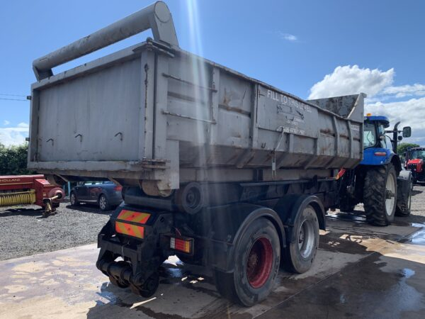Hooklift Skip Loader Trailer Hi Speed Comes With 2 Skips/Bins