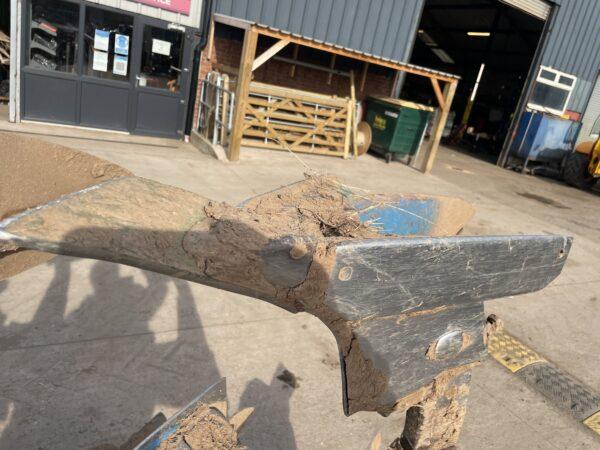 Dowdeswell DP7E 5 Furrow Reversible Plough Good Metal UCN Bodies