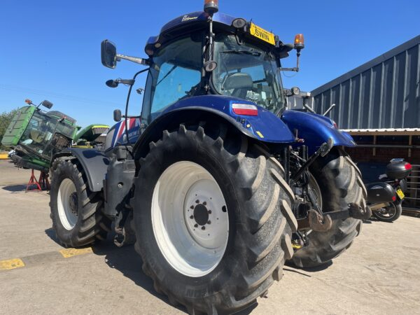 2011 New Holland T7.210 Auto-Command Front Linkage & Pto Very Tidy Tractor